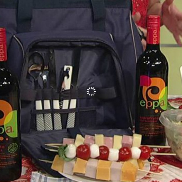 What you need for the perfect picnic basket